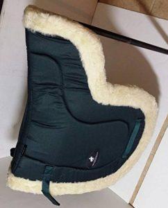 A & S Equestrian imitation peau de mouton Doublure polaire doux Tapis de selle Tapis de selle COB Poney Cheval (COB, Vert) de la marque A & S EQUESTRIAN image 0 produit