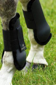 Norton Guêtres ouvertes Confort - coque noir, mouton synthétique noir - Taille poney de la marque Norton image 0 produit